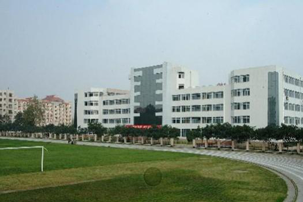德阳职业学校