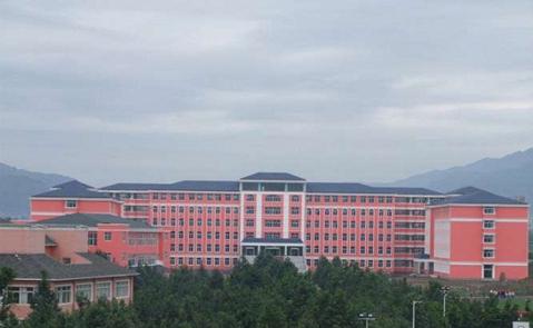 云南工业技师学院